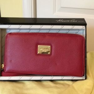 New Kenneth Cole Leather Zip Around Wallet